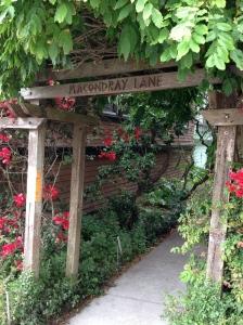 Macondray Lane Jones Gate